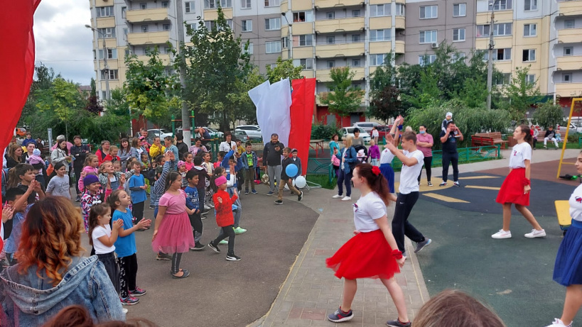 Мероприятия, посвященные Дню Российского флага, прошли 22 августа в Островцах